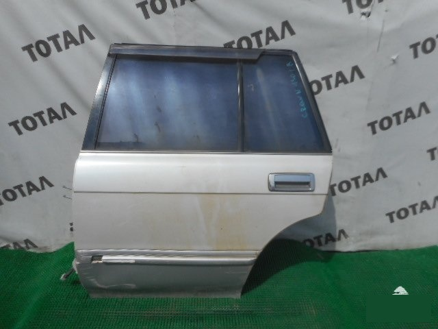 Дверь Toyota Crown GS130 1G задняя левая (б/у)