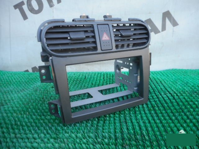 Консоль магнитофона Honda Hr-V GH1 D16A 2000 (б/у)
