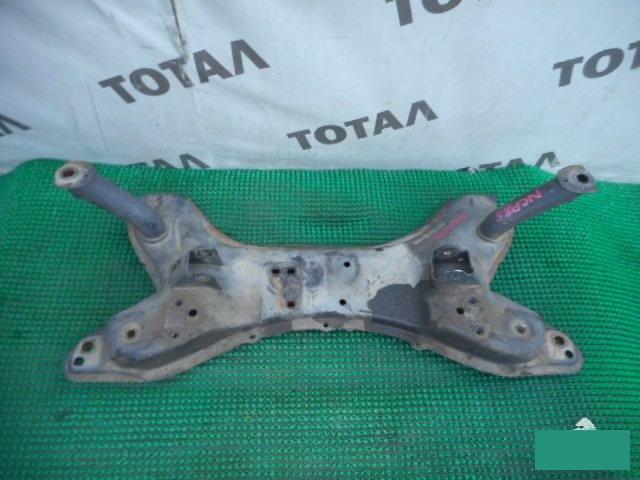 Балка под двс Toyota Sienta NCP85 1NZFE 2005 (б/у)