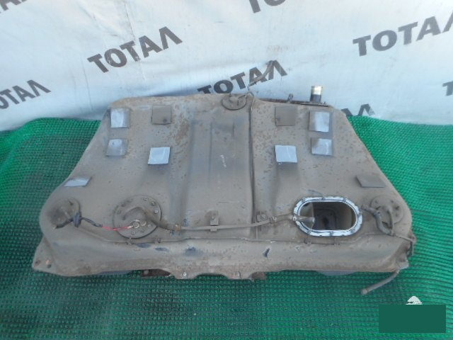 Бензобак Toyota Caldina ST195 3SFE (б/у)