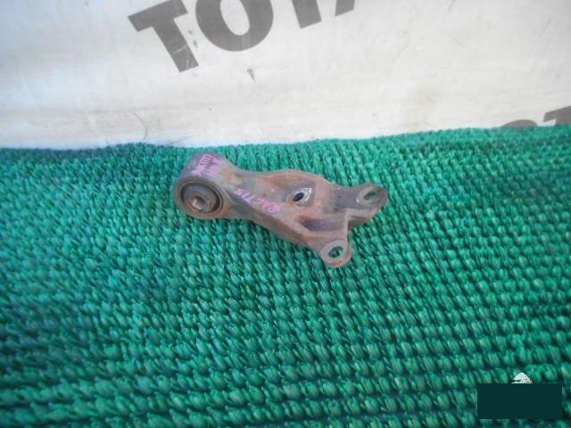 Подушка кпп Toyota Ractis NCP105 1NZFE (б/у)