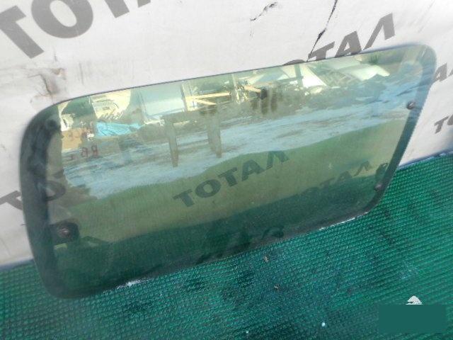 Стекло салона Toyota Grand Hiace VCH16 5VZFE заднее правое (б/у)