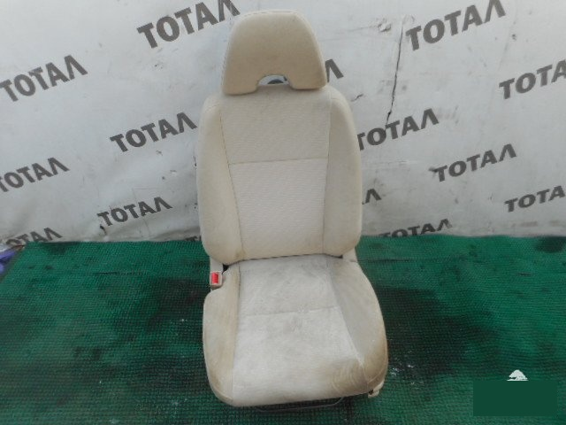Сиденье Honda Civic Ferio ES1 D15B переднее левое (б/у)