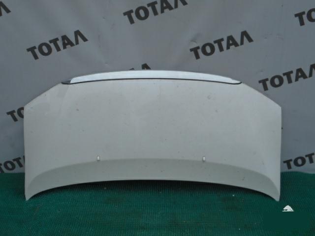 Капот Toyota Granvia VCH16 5VZFE 2001 (б/у)