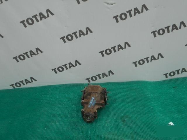 Редуктор Toyota Granvia VCH16 5VZFE задний (б/у)