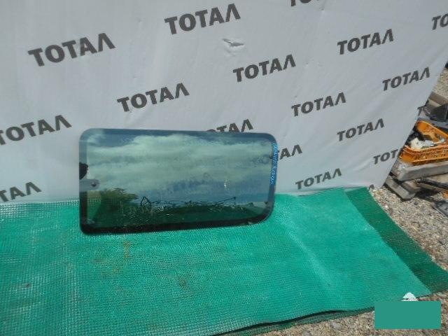 Стекло салона Toyota Granvia VCH16 5VZFE правое (б/у)