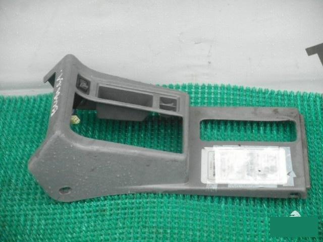 Консоль кпп Suzuki Escudo TA51W J20A (б/у)