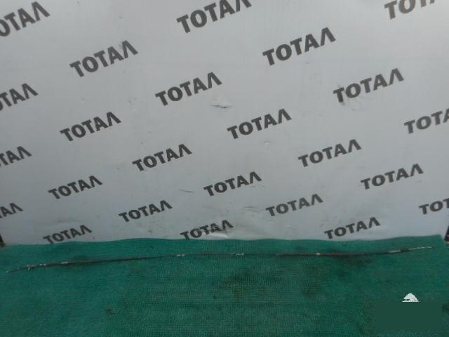 Трос ручника Toyota Voxy ZRR70 3ZRFAE задний левый (б/у)