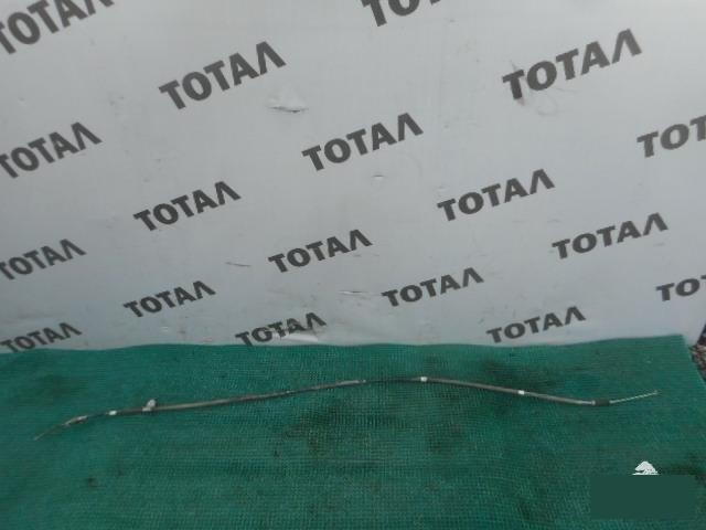 Трос ручника Toyota Voxy ZRR70 3ZRFAE задний правый (б/у)