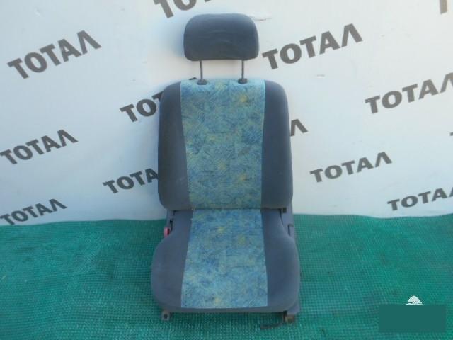 Сиденье Toyota Sprinter Carib AE114 4AFE переднее левое (б/у)