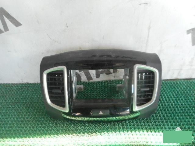 Консоль магнитофона Suzuki Solio MA15S K12B (б/у)