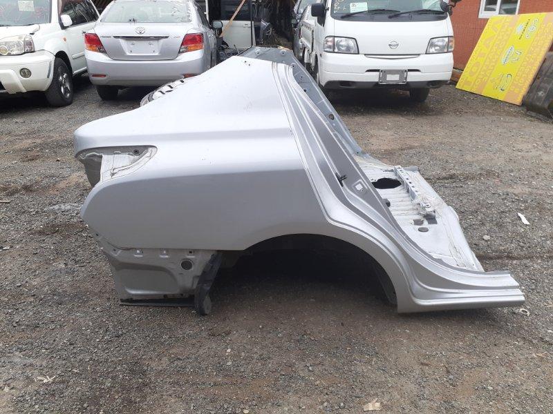 Крыло Nissan Latio N17 HR12DE 2013 заднее правое (б/у)
