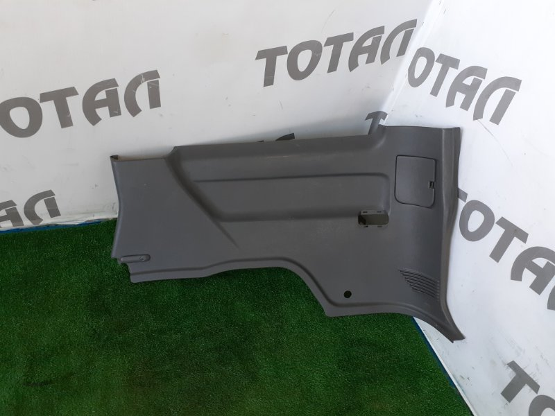 Обшивка багажника Nissan Mistral R20 TD27T 1996 правая (б/у)