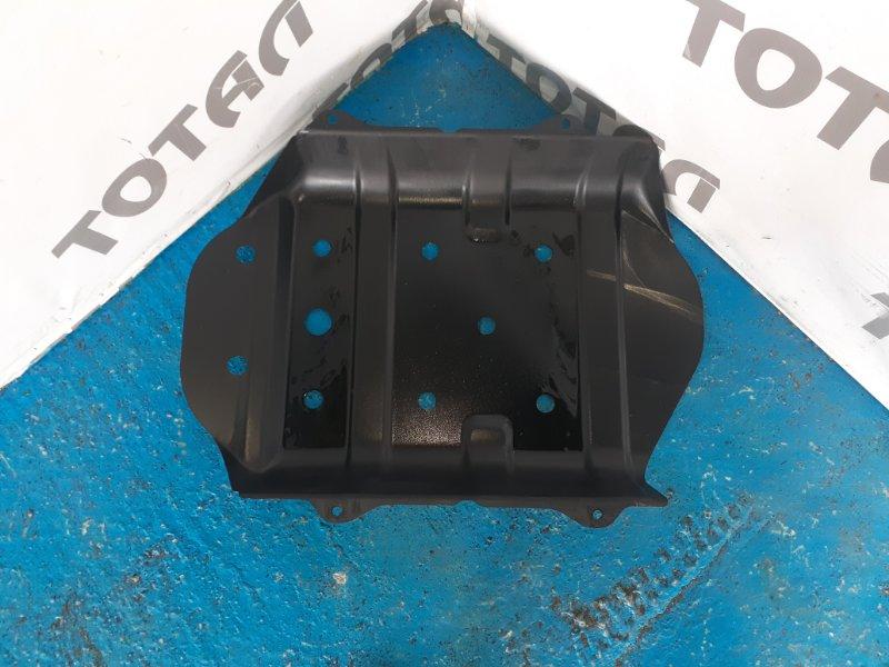Защита бензобака Nissan Mistral R20 TD27T 1996 (б/у)