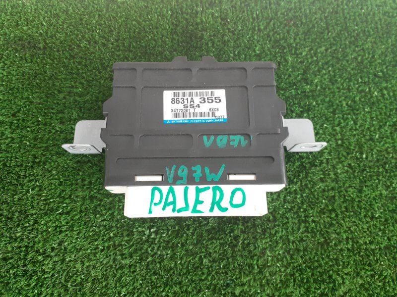Блок управления 4wd Mitsubishi Pajero V97W 6G75 2006 (б/у)