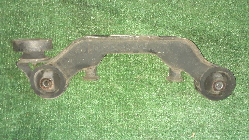 Крепление редуктора Toyota Vista Ardeo SV55 3SFE 1998 заднее (б/у)