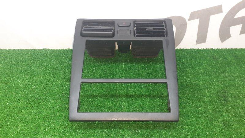 Консоль магнитофона Toyota Caldina ST210 3SFE 1998 (б/у)
