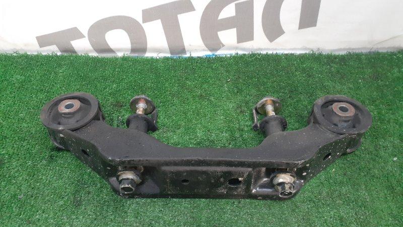 Крепление редуктора Toyota Caldina ST215 3SFE 1998 заднее (б/у)