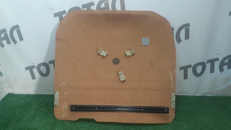 Обшивка багажника Toyota Platz NCP16 2NZFE 2003 нижняя (б/у)