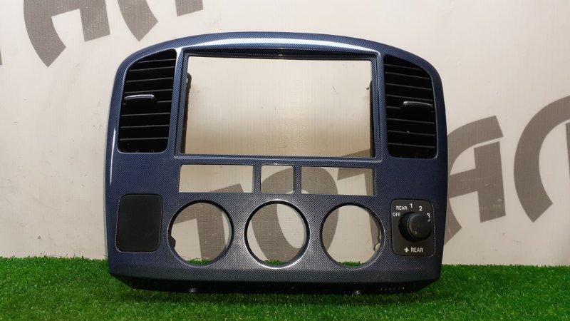 Консоль магнитофона Suzuki Grand Escudo TX92W H27A 2003 (б/у)