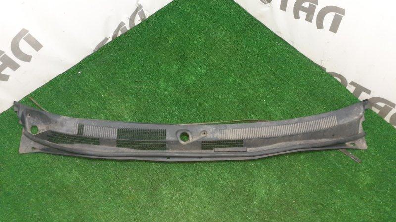 Решетка под лобовое стекло Nissan Avenir PNW11 SR20DET 1999 (б/у)