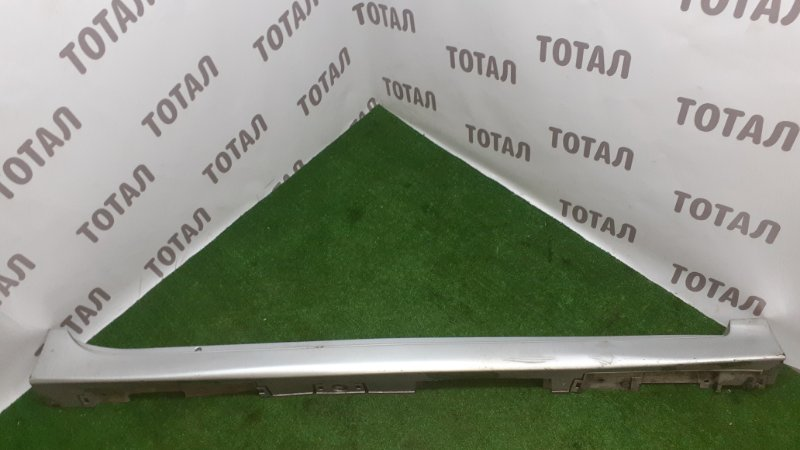 Накладка на порог Toyota Sai AZK10 2AZFXE 2010 правая (б/у)