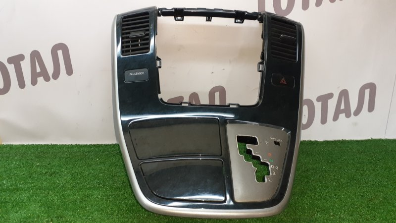 Консоль магнитофона Toyota Alphard ANH15 2AZFE 2003 (б/у)