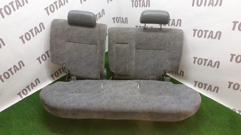 Сиденье Toyota Raum EXZ10 5EFE 2001 заднее (б/у)