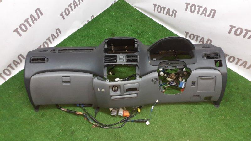 Торпедо Toyota Raum EXZ10 5EFE 2001 (б/у)