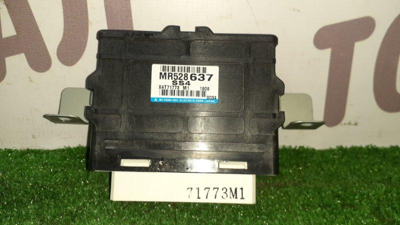 Блок управления 4wd Mitsubishi Pajero V75W 6G74 2001 (б/у)