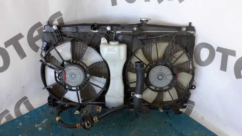 Радиатор двс Honda Insight ZE2 LDA 2009 (б/у)