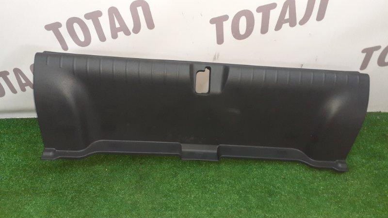 Планка под замок 5-й двери Honda Grace GM4 LEB 2015 (б/у)