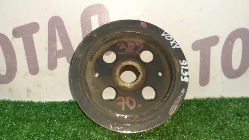 Шкив коленвала Toyota Voxy ZRR70 3ZRFAE (б/у)