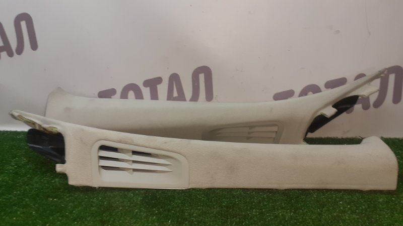 Накладка на стойку кузова Nissan Fuga KNY51 VQ37VHR 2013 передняя (б/у)