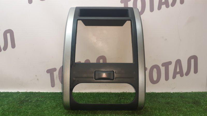 Консоль магнитофона Nissan X-Trail TNT31 QR25DE 2007 (б/у)