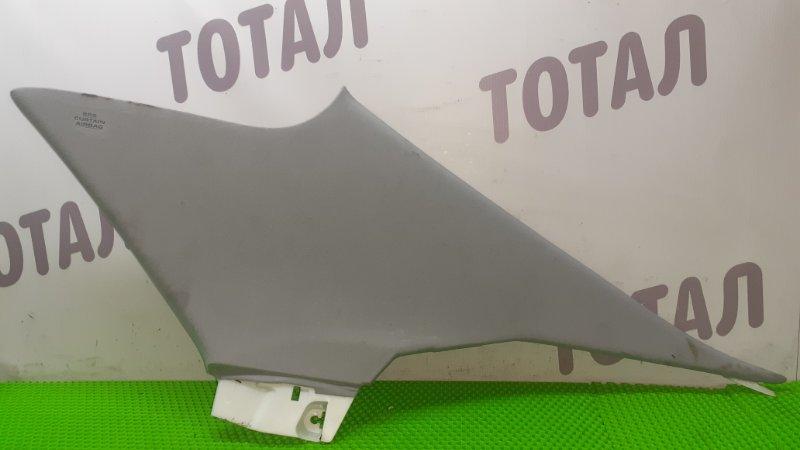 Накладка на стойку кузова Toyota Crown GWS204 2GRFSE 2008 задняя правая (б/у)