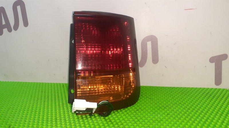 Стоп-сигнал Nissan Elgrand AVWE50 QD32ETI 1997 задний правый (б/у)