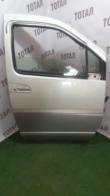 Дверь Nissan Elgrand AVWE50 QD32ETI 1997 передняя правая (б/у)