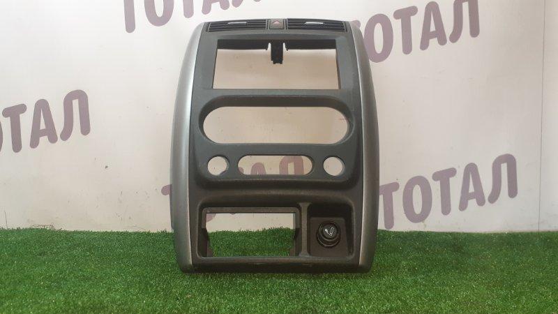 Консоль магнитофона Mazda Az-Offroad JM23W K6A 2005 (б/у)