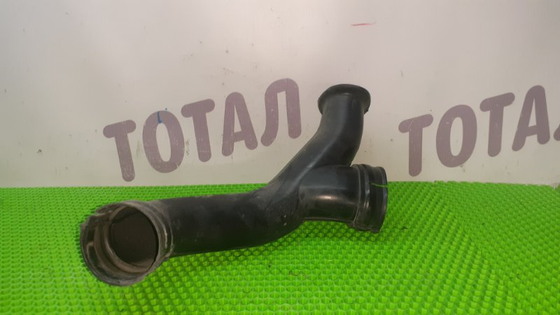 Воздухозаборник Nissan R'nessa N30 SR20DE (б/у)
