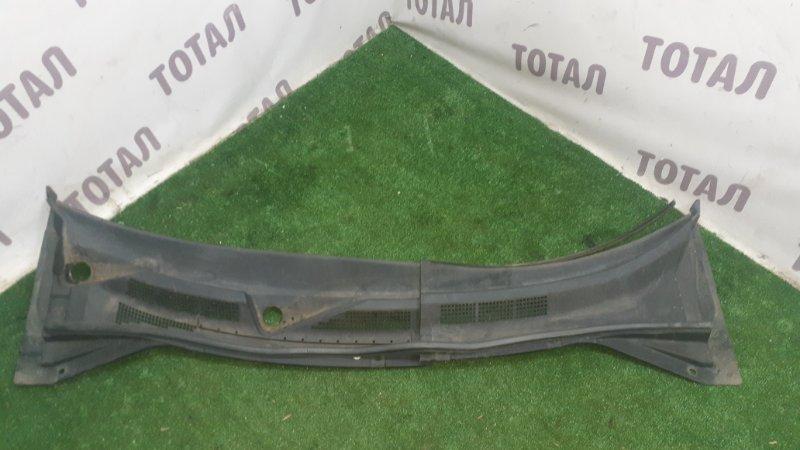 Решетка под лобовое стекло Nissan X-Trail PNT30 SR20VET 2001 (б/у)