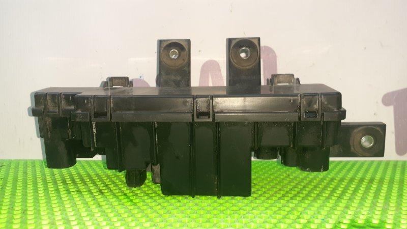 Блок предохранителей Nissan Tiida Latio SNC11 HR15DE 2007 задний (б/у)