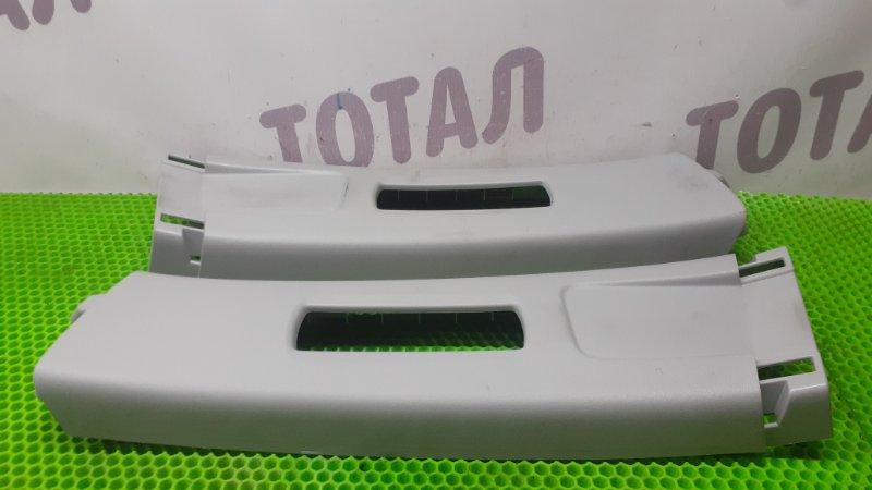 Накладка на стойку кузова Honda Fit GE6 L13A 2009 верхняя (б/у)