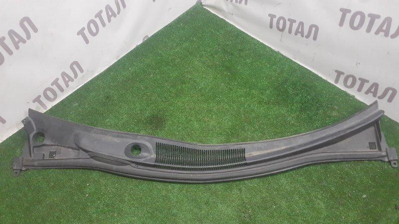 Решетка под лобовое стекло Toyota Alphard ANH15 2AZFE 2002 (б/у)