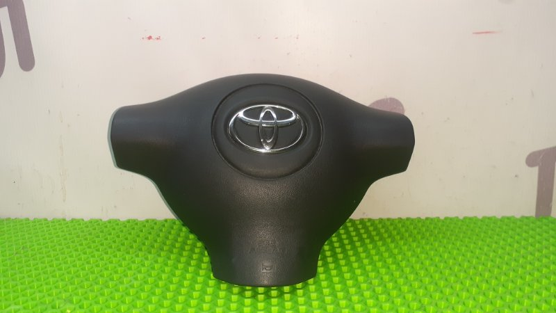 Аирбэг на руль Toyota Funcargo NCP25 1NZFE 2003 (б/у)