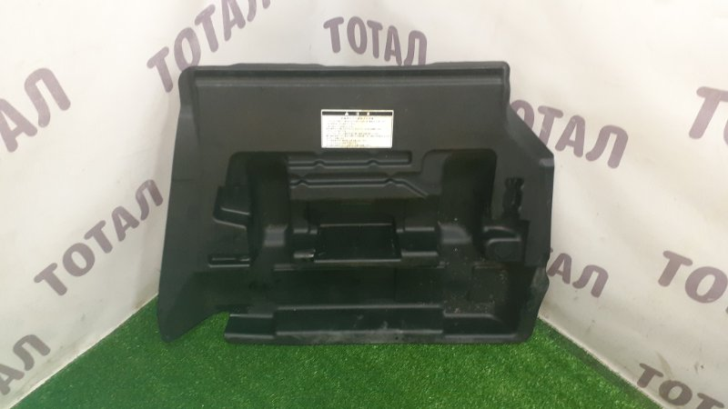 Обшивка багажника Toyota Funcargo NCP25 1NZFE 2003 нижняя (б/у)
