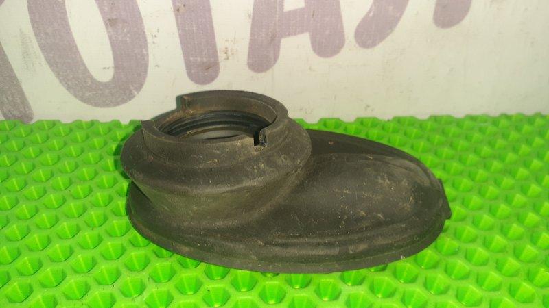 Пыльник рулевой колонки Toyota Funcargo NCP25 1NZFE 2003 (б/у)