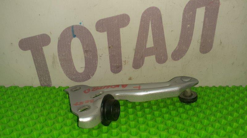 Ролик раздвижной двери Toyota Alphard ANH15 2AZFE 2002 задний левый верхний (б/у)