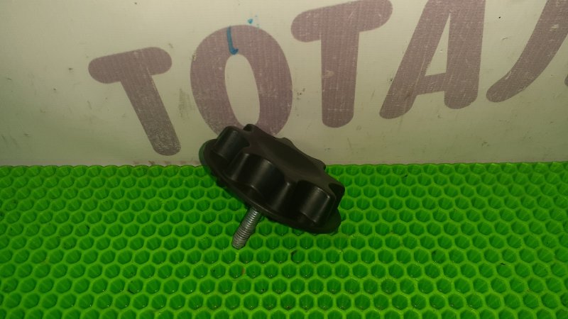 Держатель запаски Toyota Ractis NCP105 1NZFE 2007 (б/у)