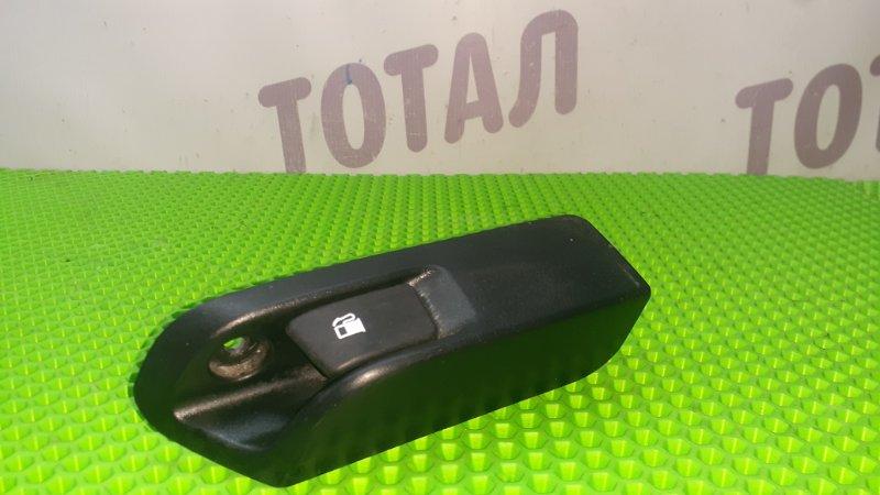 Ручка открытия бензобака Toyota Ractis NCP105 1NZFE 2007 (б/у)